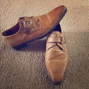 Tan Magnanni dress shoes